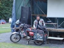 Pavel Suchý a jeho JAWA co jela kolem světa